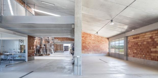 bodegas son juliana arquitectura sostenible de munarq arquitectes diariodesign