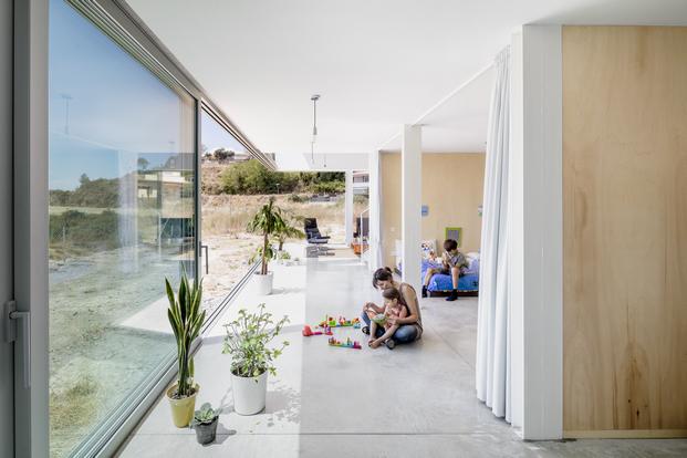 casa del arquitecto Joan Ramon Pascuets con cerramientos de aluminio