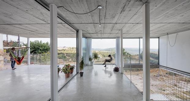 separacion de espacios con cerramientos de aluminio