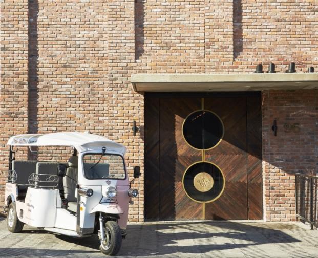 entrada hotel Williamsburg en Nueva York Michaelis Boyd Associates