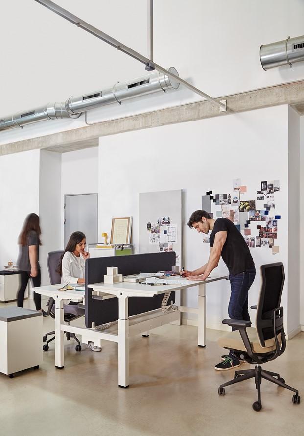 mesa mobility mobiliario de oficina Actiu premio nacional de diseño diariodesign