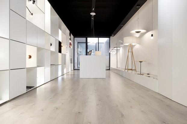 suelos laminados flint floor en el Showroom de Novelec
