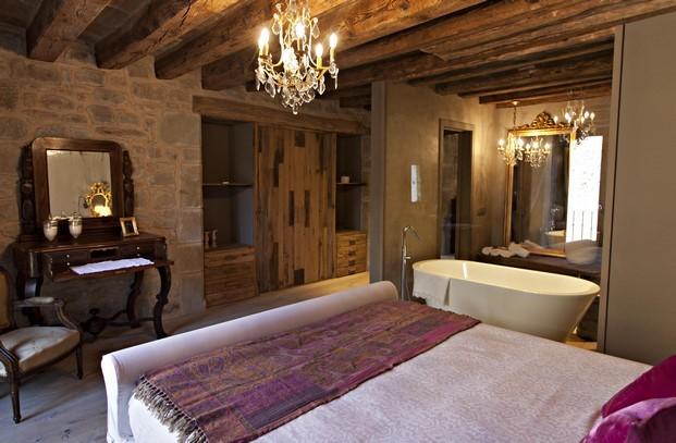 suite de la casa rural Hotel La Vella Farga en el solsones