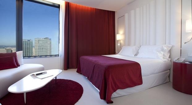 suelos laminados flint floor Hotel Porta Fira Santos Barcelona