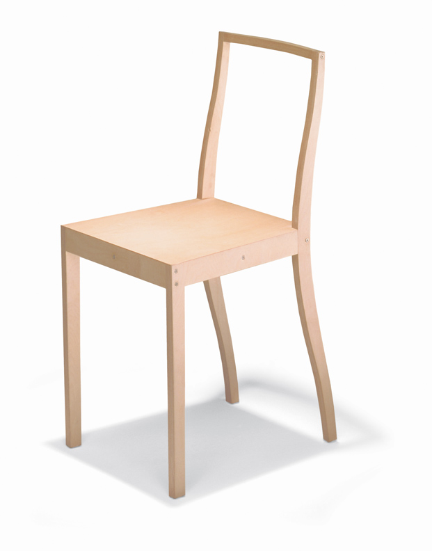 Plywood Chair de jasper morrison para Vitra en la exposicion Thingness Bauhaus en Berlin diariodesign