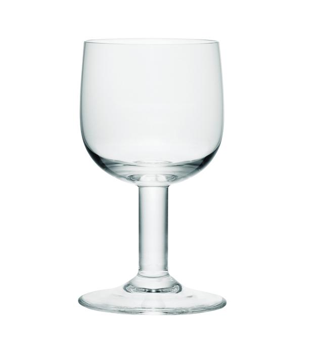 Drinking Glass Familyde Alessi por jasper morrison en la exposicion Thingness Bauhaus en Berlin diariodesign