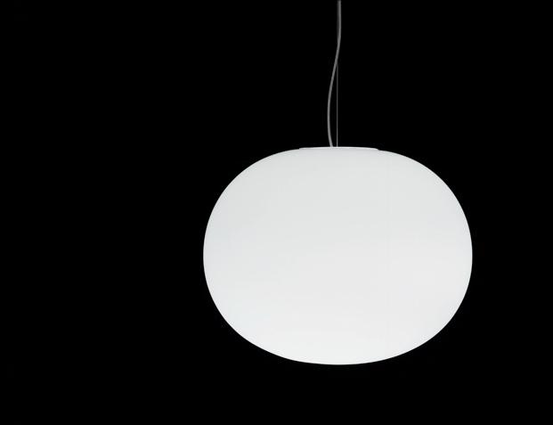 Glo-Ball Flos en la exposicion Thingness Bauhaus en Berlin diariodesign