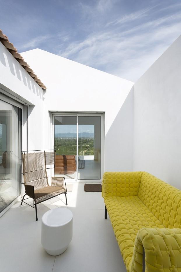 patio de casas minimalistas de artebalo en francia