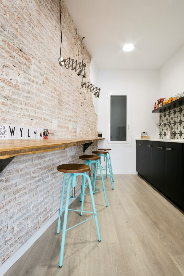 cocina rehabilitación de oficinas en barcelona diariodesign