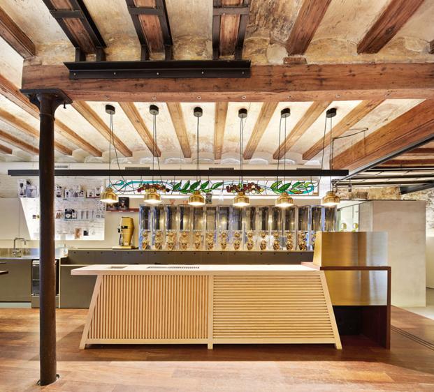 barra cafeteria MAG by El Magnifico Tomas Lopez Amat en el born Barcelona diariodesign