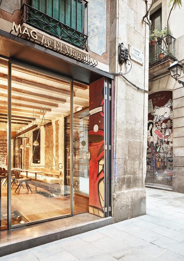 fachada cafeteria MAG by El Magnifico Tomas Lopez Amat en el born Barcelona diariodesign