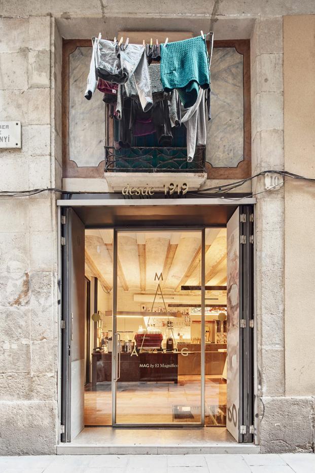 entrada cafeteria MAG by El Magnifico Tomas Lopez Amat en el born Barcelona diariodesign