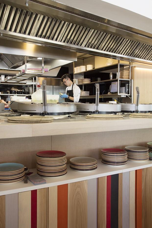 cocina restaurante en la barceloneta mana diariodesign