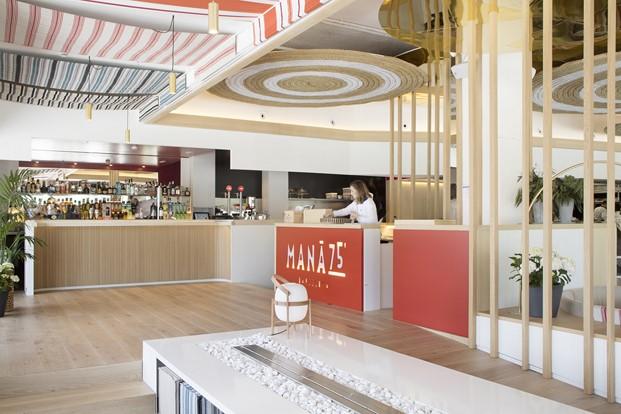 interior restaurante en la barceloneta mana diariodesign
