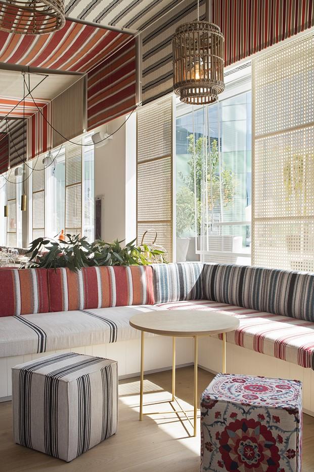 lamparas interior restaurante en la barceloneta mana diariodesign