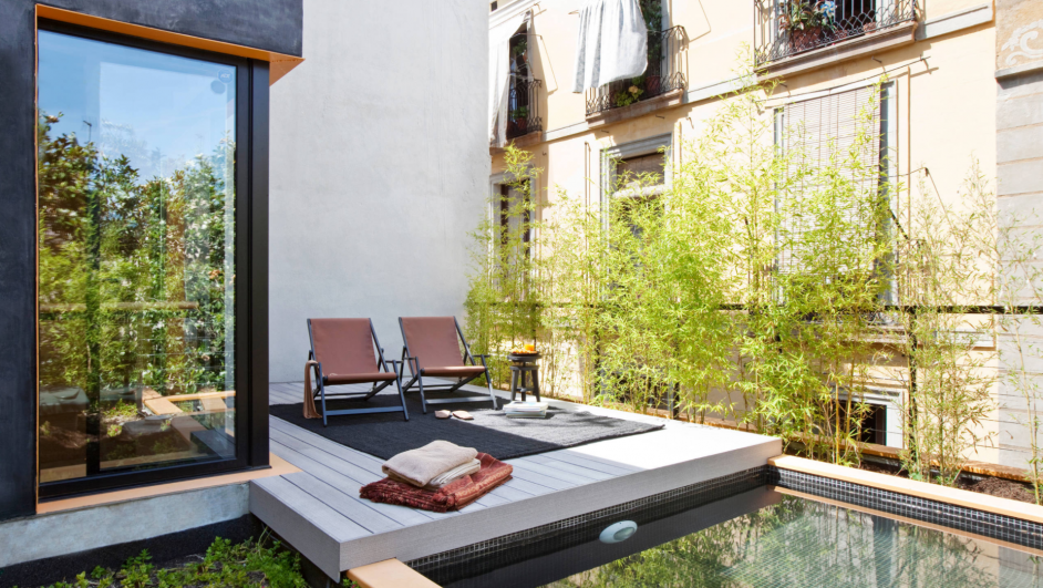 casa con piscina en barcelona diariodesign