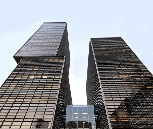 fachada nuevo edificio cuatrecasas abogados en poblenou de GCA architects