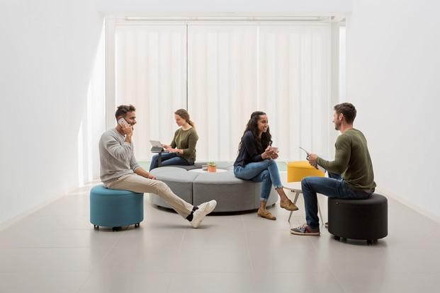 coleccion Bend de muebles de ocicina actiu contract en diariodesign