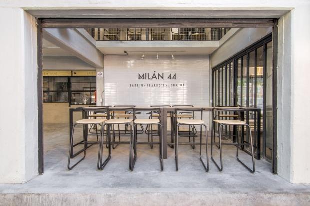interior centro comercial en ciudad de mexico milan 44