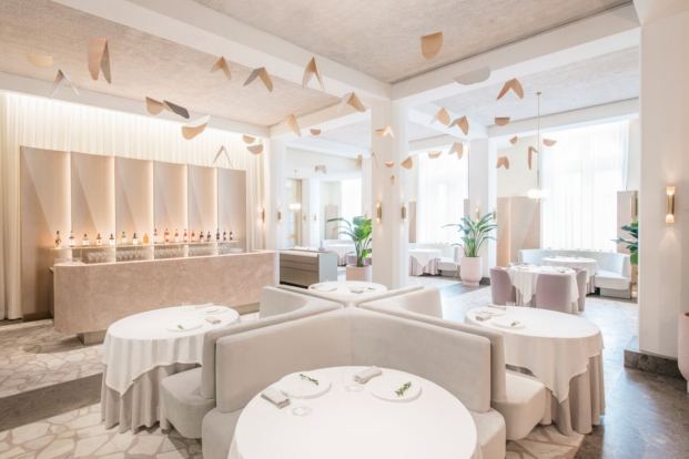 interior restaurante en singapur odette interiorismo Ed Barber y Jay Osgerby diariodesign