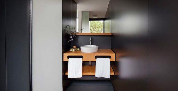 baño en hotel vivood en alicante paisaje colchones khama diariodesign