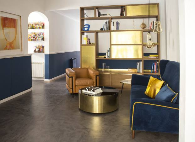 salon de una casa de pueblo en barcelona de barbara Aurell diariodesign