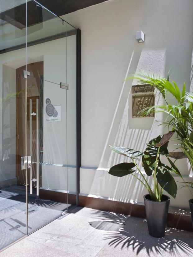 entrada restaurante hotel único ramon freixa hotel alfons y damian