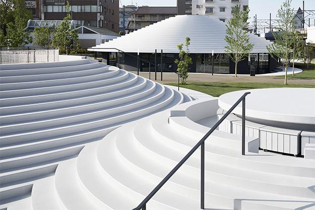 estructura circular en la estacion cofufun de Nendo