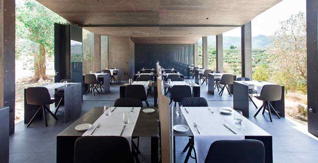 cocina ecologica en habitacion hotel paisaje vivood en alicante colchones khama diariodesign