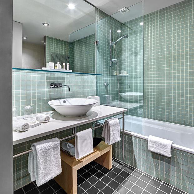 ducha Gran Hotel Domine Foraster Arquitectos diariodesign