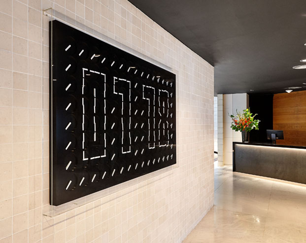 entrada Gran Hotel Domine Foraster Arquitectos diariodesign