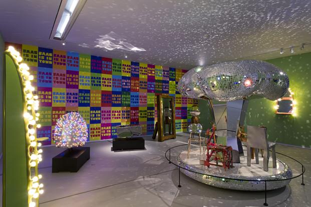 exposición Hide & Seek, Maarten Baas en Groninger museum