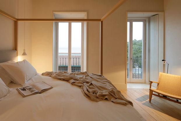 mobiliario suitehotel santa clara 1728 en lisboa aires mateus diariodesign