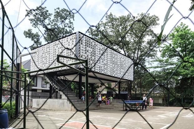 exterior microbiblioteca Microlibrary Bima SHAU Indonesia diariodesign