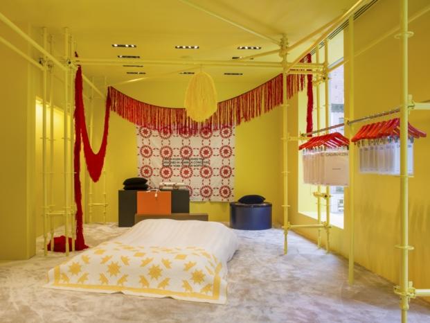 detalle tienda Calvin Klein madison avenue interiorismo amarillo diariodesign