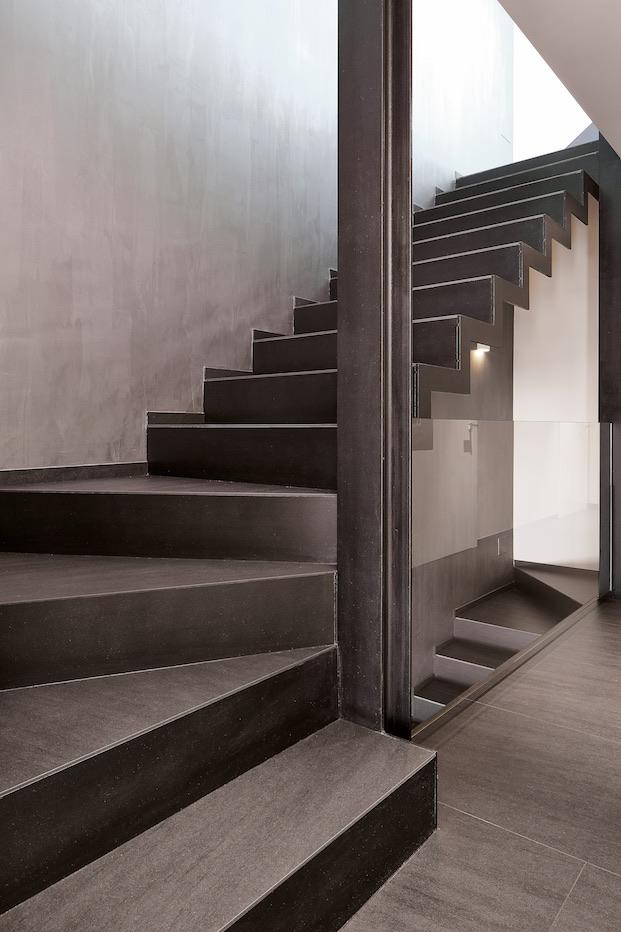 escalera con neolith concursos de diseño