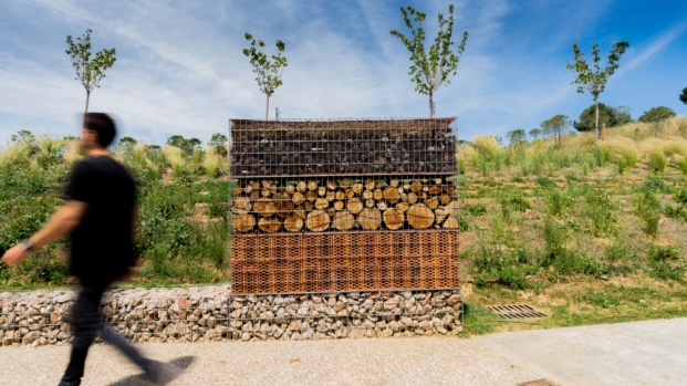 premios de arquitectura waf proyecto finalista The Insect Hotel de Batlle i Roig Arquitectura diariodesign
