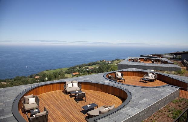 terrazas hotel akelarre san sebastian pedro subijana diariodesign