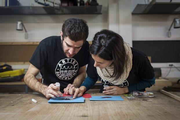 estudiantes de escaparatismo en artidi diariodesign