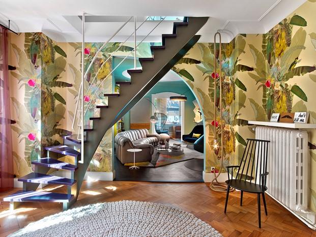 escalera Casa en Stuttgart de Ippolito Fleitz tendencias interiorismo en diariodesign