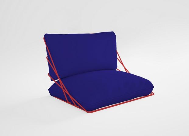 cojin valentina azul de mobiliario de exterior diabla gandia blasco diariodesign