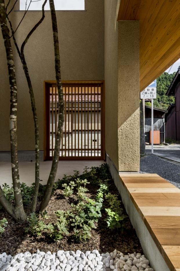 patio en la casa japonesa kyomachi diariodesign