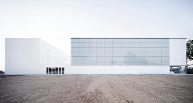 Polideportivo de la Universidad Francisco de Vitoria premios coam arquitectos madrilenos diariodesign
