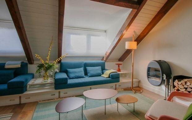 salon de un apartamento en benasque del estudio pedro feduchi