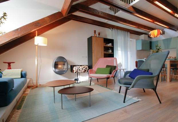clasicos de diseno en un apartamento en benasque diariodesign