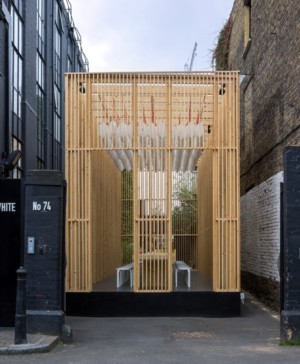 instalación temporal en shoreditch del London Design Festival