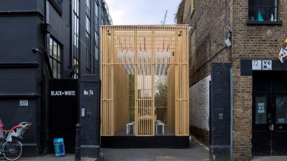 instalación temporal en shoreditch del London Design Festival