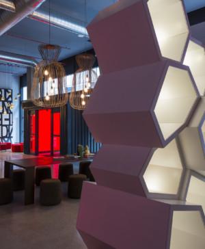 Radisson RED hotel millenial diariodesign