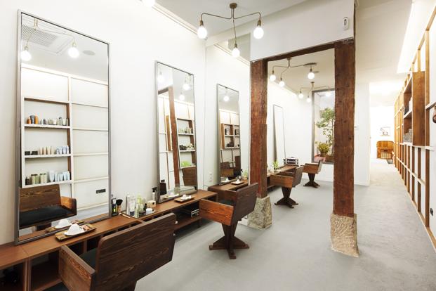 mobiliario de la peluqueria alberto cali en madrid