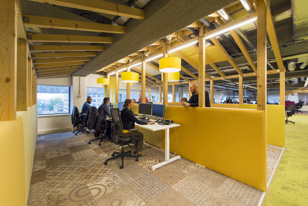 call center de VodafoneZiggo en Rotterdam diariodesign